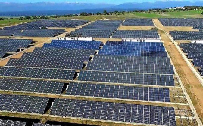 PANELES SOLARES DE VELA ENERGY EN MEJORADA, TOLEDO