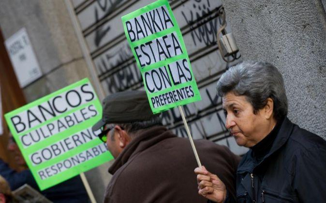 Protesta de inversores de preferentes de Bankia.