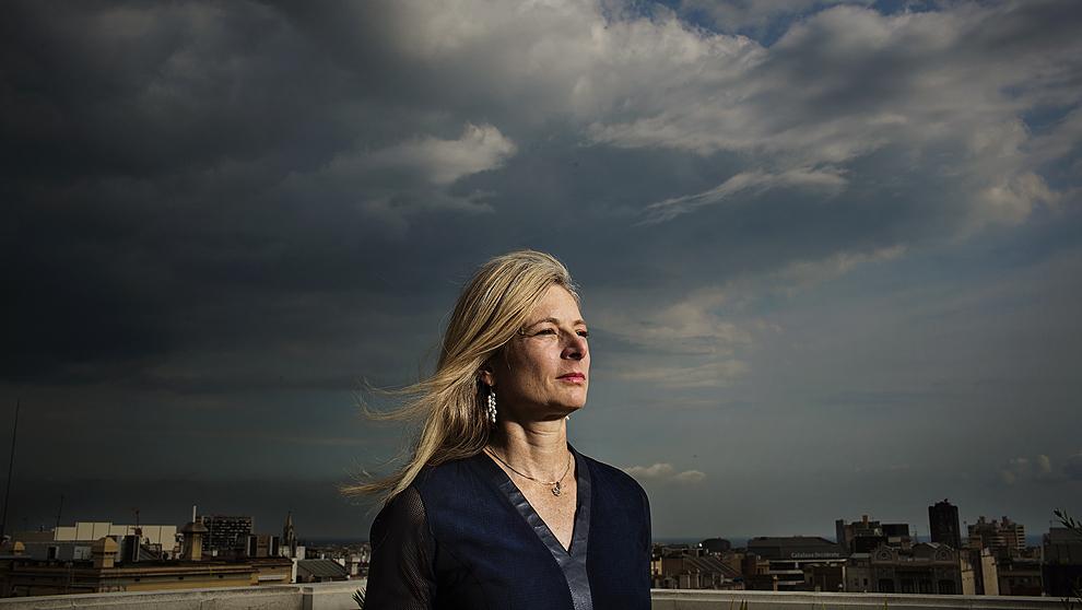 La astrofísica neoyorquina, 54 años, en la azotea del Hotel Alma de...
