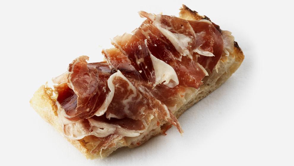 Pan: De cristal, aliñado con tomate y aceite de oliva extra virgen,...