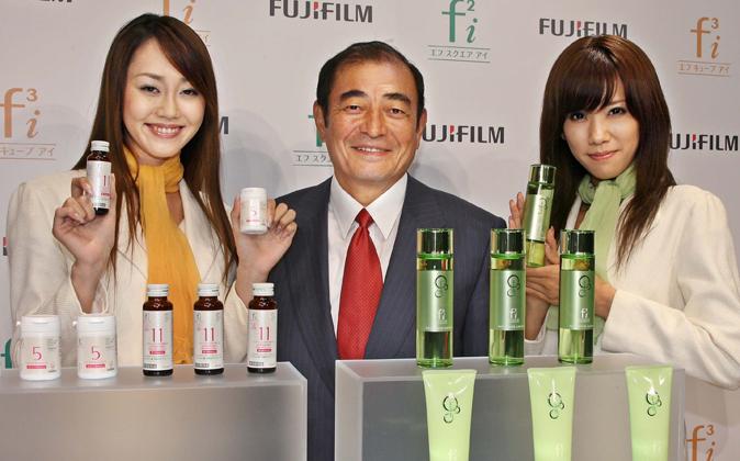 El presidente de Fujifilm, Shigetaka Komori, durante la presentación...