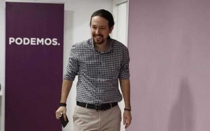 El líder de Podemos, Pablo Iglesias a su llegada a una rueda de...