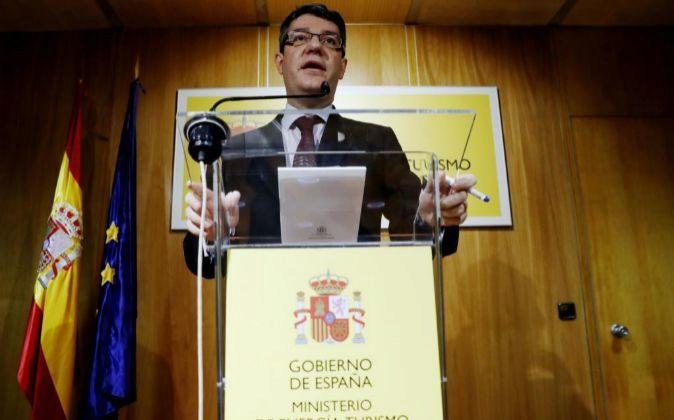 El ministro de Energía, Álvaro Nadal, durante la rueda de prensa...