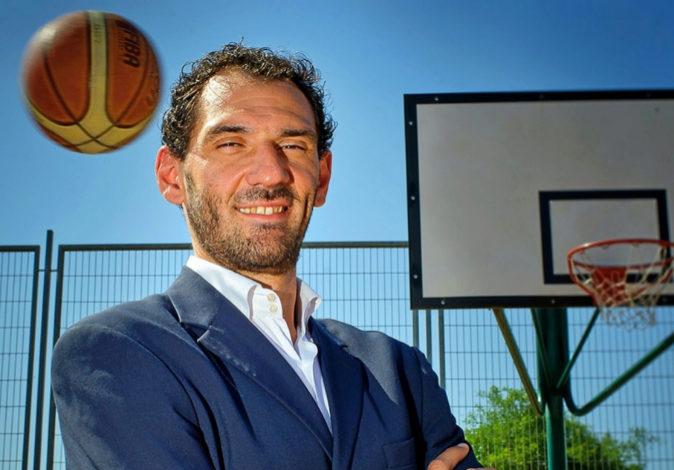 Jorge Garbajosa, al frente de la Federación Española de Baloncesto,...