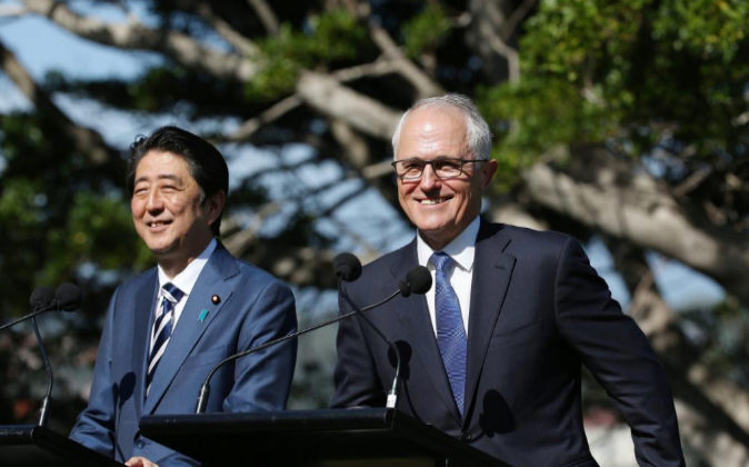 El Primer Ministro australiano, Malcolm Turnbull, con su homólogo...