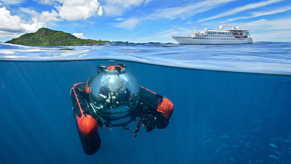 Submarino C-Explorer, a disposición de los viajeros del 'Crytal...
