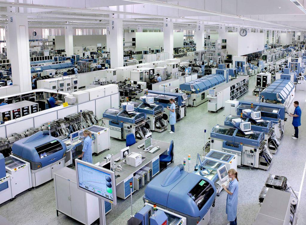 La planta alemana de Siemens de Amberg es una de las referencias en...