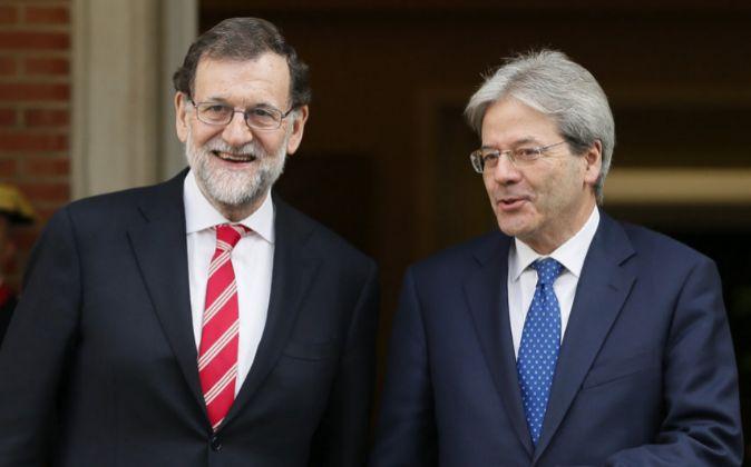 El presidente del Gobierno, Mariano Rajoy, recibe al presidente de...