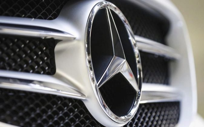 Logo de Mercedes.