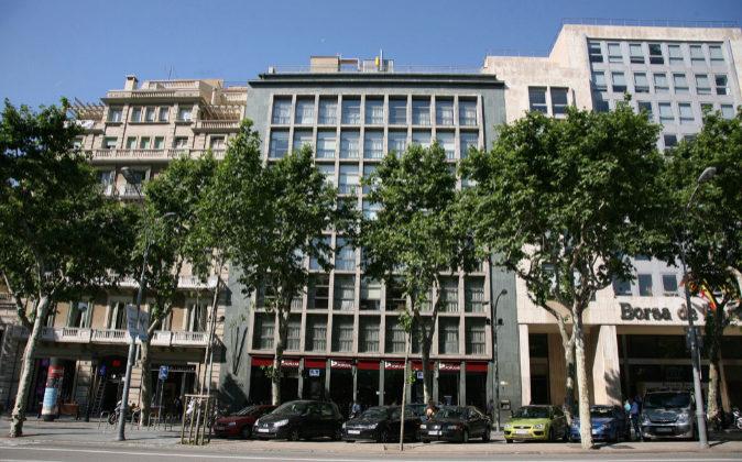 El edificio, en el centro de la foto, se encuentra en el Paseo de...