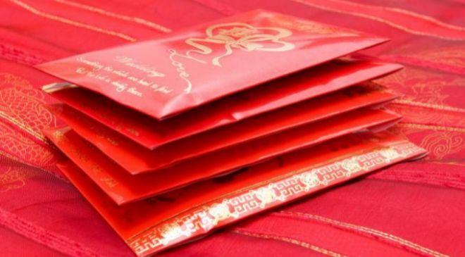 Los 'hongbao' son un regalo tradicional en el Año Nuevo...