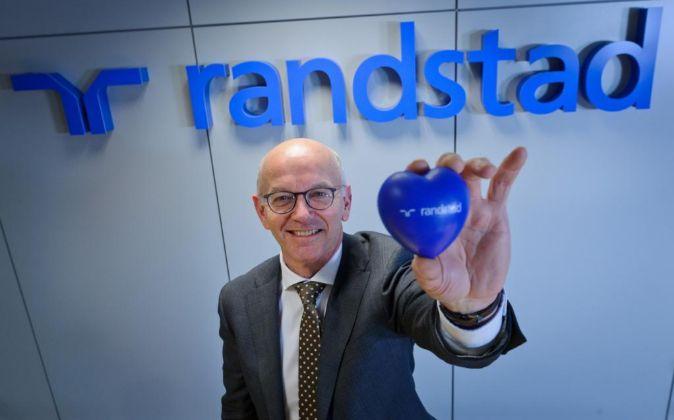 Jacques van den Broek es el CEO de Randstad Holding desde marzo de...