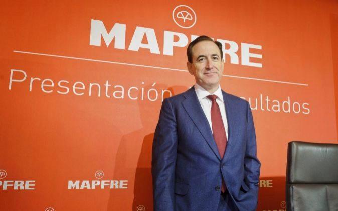 EL PRESIDENTE DE MAPFRE, ANTONIO HUERTAS, EN LA PRESENTACION DE...