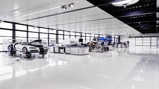 El taller de la sede de Bugatti en Molsheim, la Alsacia francesa, que...