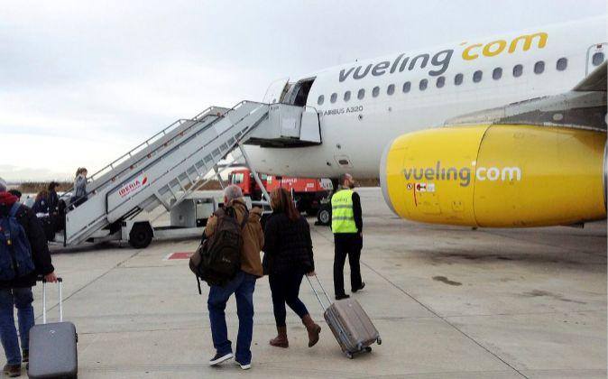 Avión de Vueling en el Aeropuerto de Barcelona-El Prat