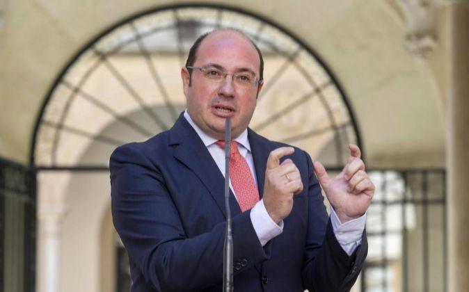 El presidente de la Comunidad de Murcia Pedro Antonio Sánchez,...