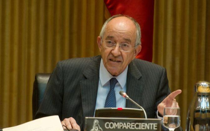 El exgobernador del Banco de España, Miguel Ángel Fernández...
