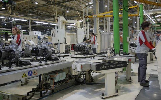 La planta de Seat Componentes de El Prat fabrica 650.000 cajas de...