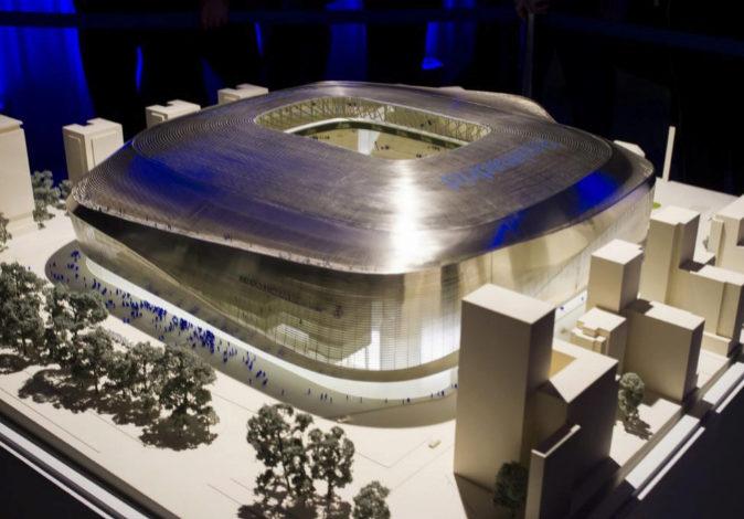 Maqueta del proyecto de remodelación del estadio Santiago Bernabéu,...