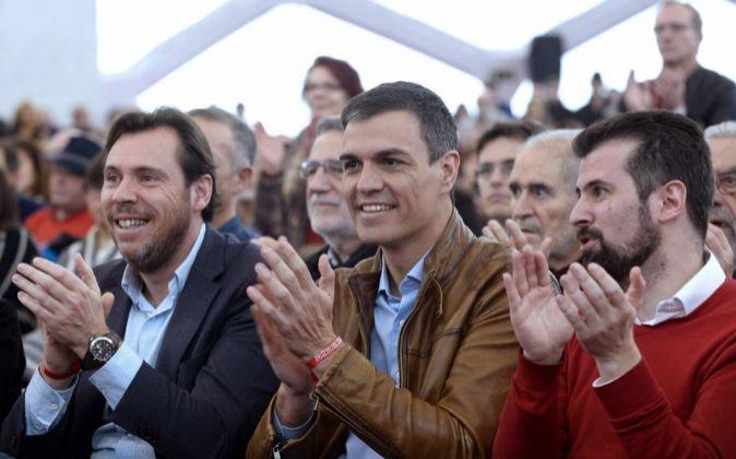 El ex secretario general del PSOE y candidato a las Primarias, Pedro...
