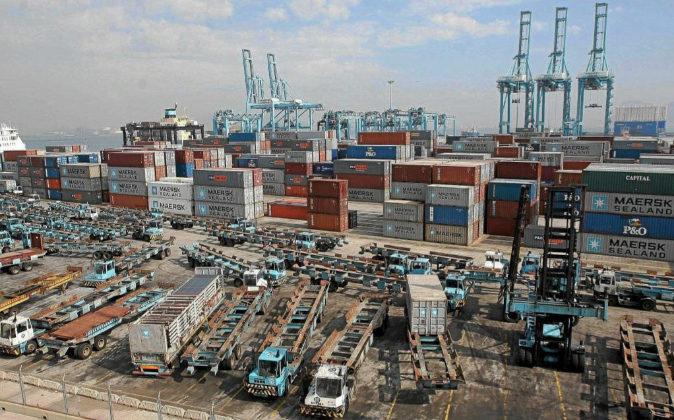 Imagen de la empresa MAERSK en el puerto marítimo de Algeciras...