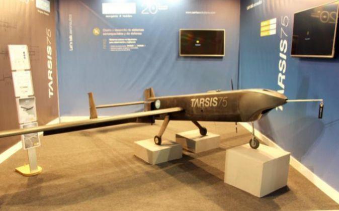 Avión no tripulado Tarsis 75, diseñado y fabricado por la...