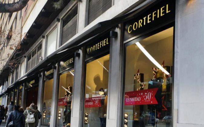paso cálmese Unirse  Cortefiel reorganiza su espacio comercial en España para ganar rentabilidad