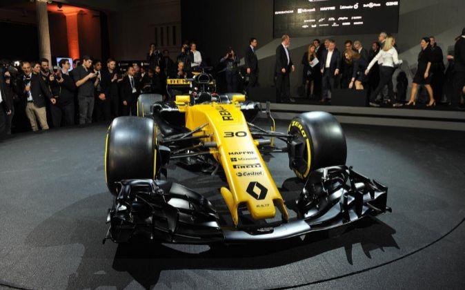 El nuevo Renault, presentado ayer, luce ya la imagen de Mapfre.
