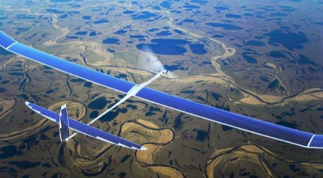 Imagen de Aquila, un dron solar desarrollado por Facebook para dotar...