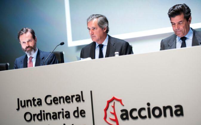 Junta general ordinaria de accionistas de Acciona (2016). En el...