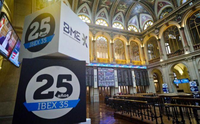 Las empresas del Ibex ganaron 30.830 millones de euros en 2016.