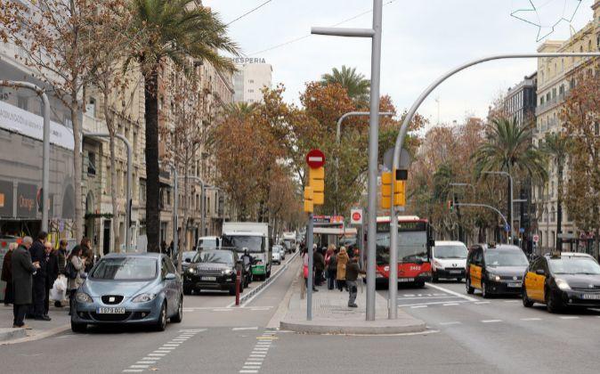 Tráfico en la Avinguda Diagonal de Barcelona