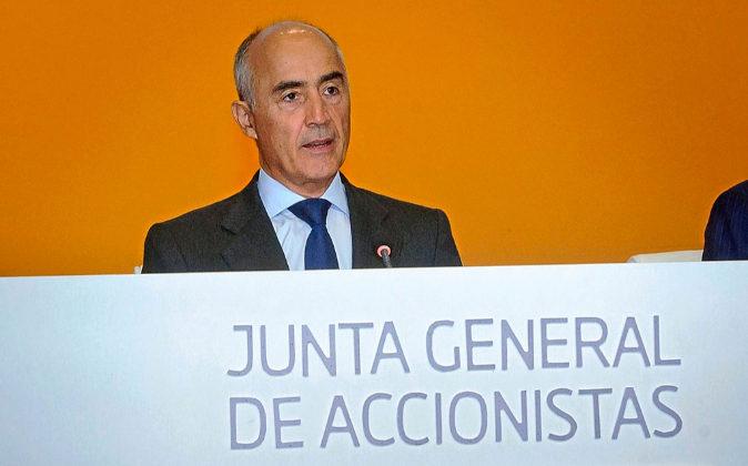 El presidente de Ferrovial, Rafael del Pino, en una junta de...