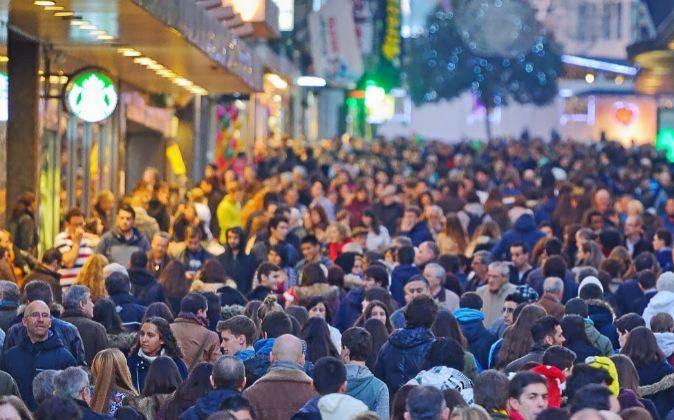 Imagen de la zona comercial de la calle Preciados, en el centro de...
