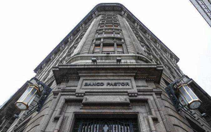 El edificio de la sede de Banco Pastor en La Coruña es propiedad de...