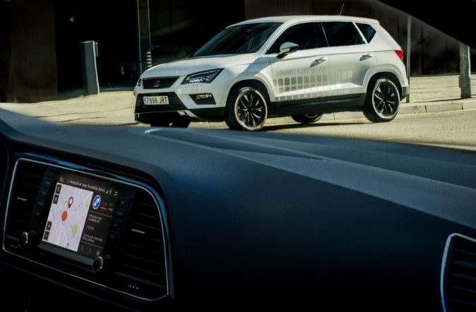Prototipo de Seat Ateca con Smart City Connectivity.