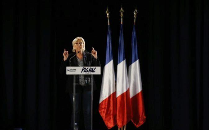 Marine Le Pen, durante un acto electoral en la ciudad de  Rignac, en...