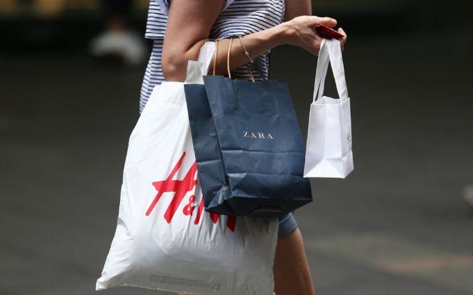 Bolsas de H&M y Zara.