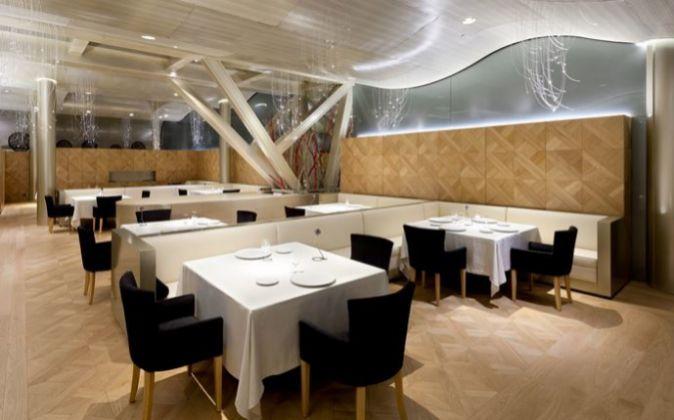 El restaurante que dirige Martín Berasategui en Barcelona es el...