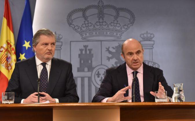 El ministro de Educación y portavoz del Gobierno, Íñigo Méndez de...