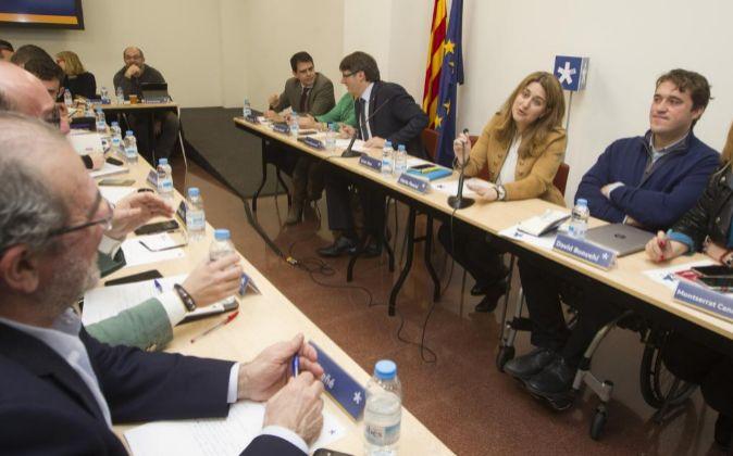 Los coordinadores generales del PDeCat, Marta Pascal (2d) y David...