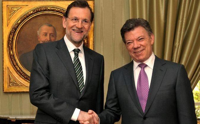 El presidente del Gobierno español, Mariano Rajoy y el presidente de...
