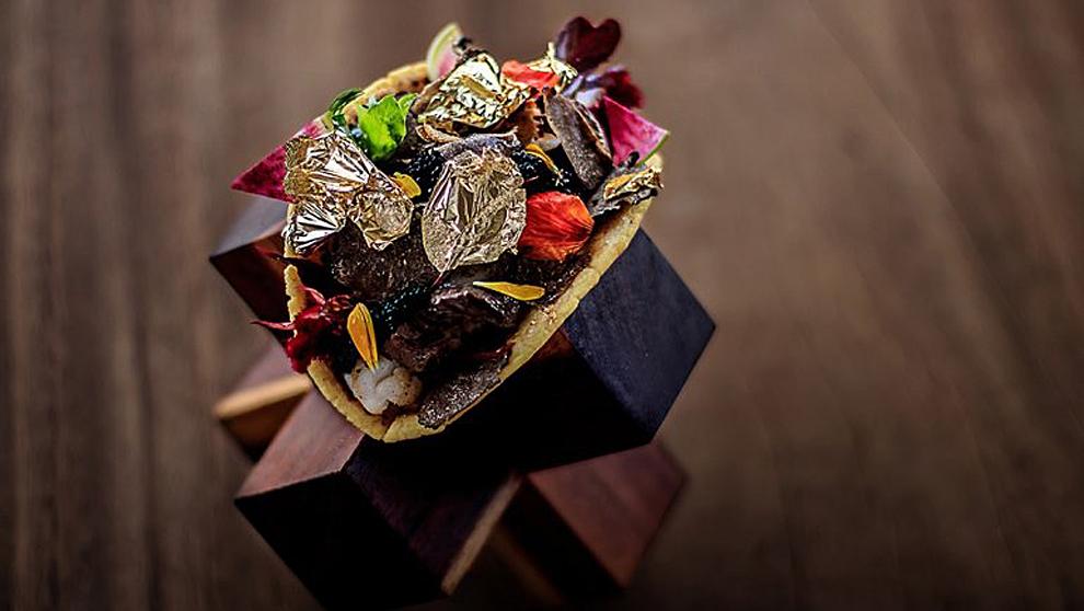 El más exquisito caviar y ternera de Kobe son algunos de los...
