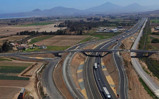 Sacyr vende el 49% de la concesionaria chilena Ruta del Algarrobo por 161 millones