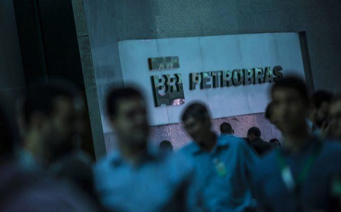 Trabajadores de Petrobras.