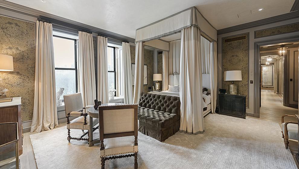 La decoración del alojamiento es de corte clásico con detalles de...
