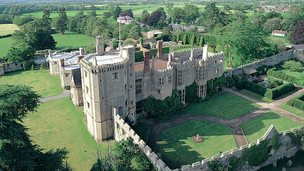 Situado cerca de Bristol, el castillo Thornbury data del siglo XVI y...