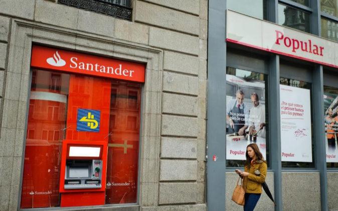Oficina banco Popular y Santander.