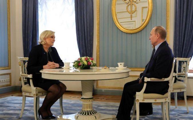 Marine Le Pen y Vladimir Putin, en un momento de su reunión de hoy