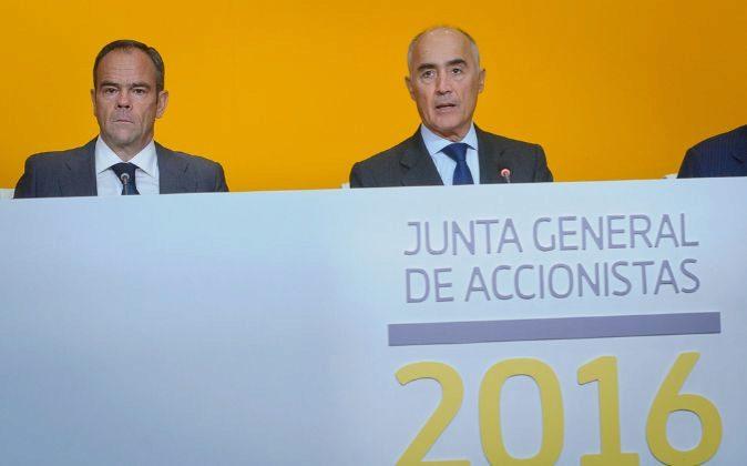 Íñigo Meirás, consejero delegado de Ferrovial, y Rafael del Pino,...